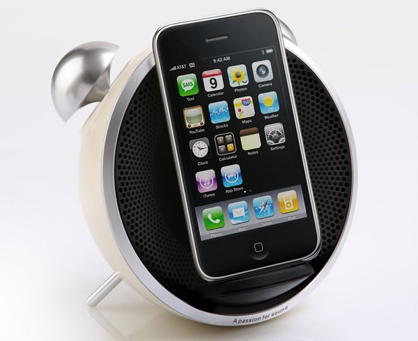 Foto 0 en  - Tick Tock Dock: Dock para iPhone y iPod con aspecto de despertador