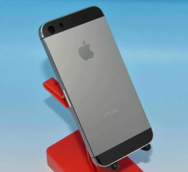 supuestas fotos del iphone 5s en color gris grafito zonadock. Black Bedroom Furniture Sets. Home Design Ideas