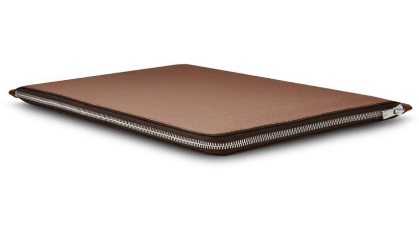 Leather case Folio Woolnut for the latest MacBook Pro