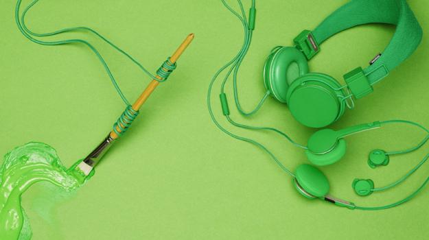 Urbanears lanza su colecci n de auriculares para ipod for Auriculares para piscina
