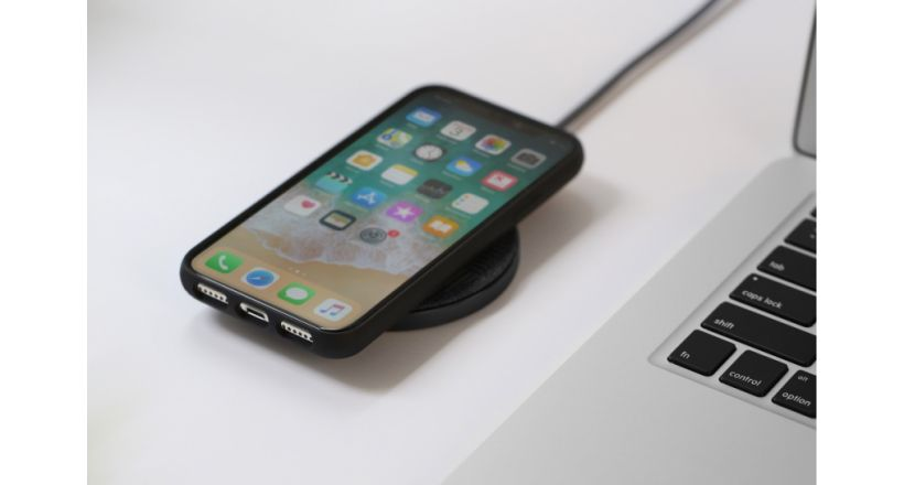 Native Union presents its charger wireless Drop Wireless Charger
